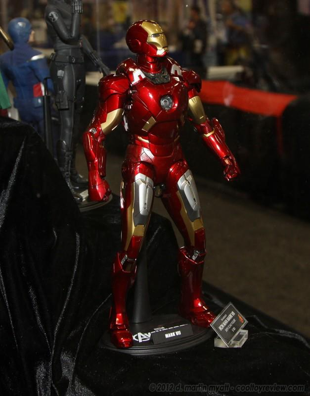 Hot Toys: Iron Man Mark 7 Side