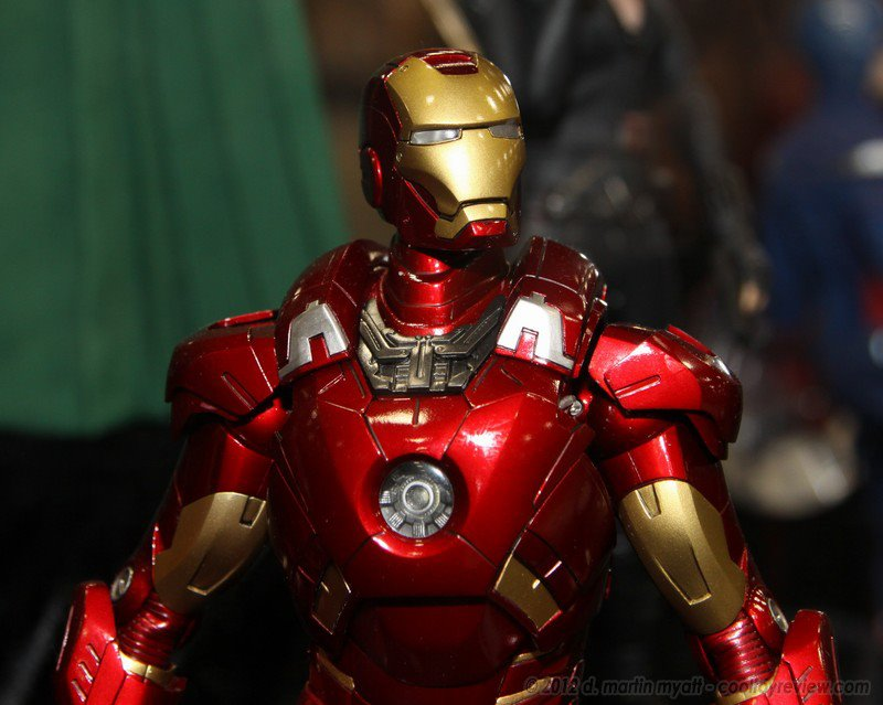 Hot Toys: Iron Man Mark 7 Close Up